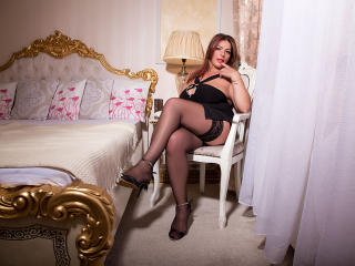YulliaMilf - Show sexy et webcam hard sex en direct sur XloveCam®