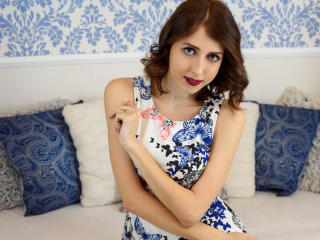 Meella - Sexy live show with sex cam on XloveCam®