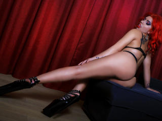 SaraXSwitch - Sexy live show with sex cam on XloveCam®