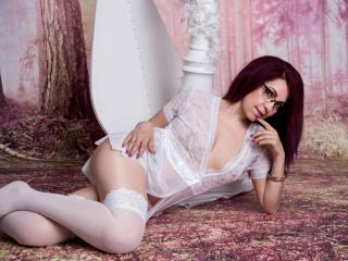 DirttyMature - Webcam live hard with this being from Europe Gorgeous lady