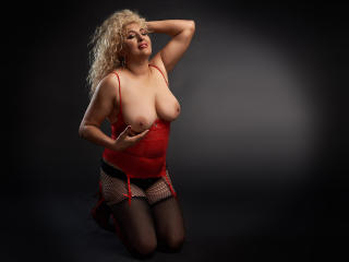 MatureErotica - Live sex cam - 6536597