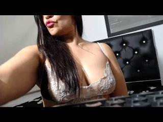MagicGoddes - Chat cam porn with a average body Horny lady