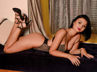RachelCruise - Live nude with this redhead Young lady