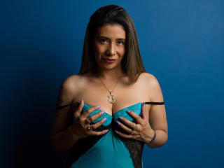JuliiaLove - Live Sex Cam - 7119377