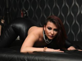 Photo de profil sexy du modèle SassyFetishBabe, pour un live show webcam très hot !