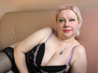 Picture of the sexy profile of BridgitAllas, for a very hot webcam live show !
