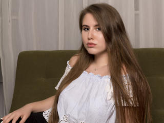 HotGirlAlessia - online show sex with this trimmed genital area Young lady