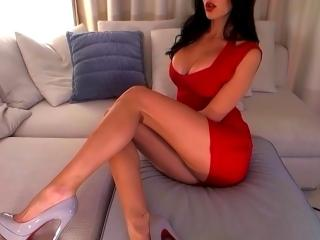 SexySimonne - online show sexy with this charcoal hair Girl