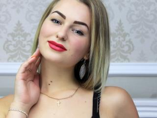 JennyForYouX - Live cam sexy with a shaved vagina Young lady