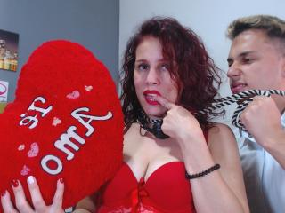 Nanapipelove - Live cam sexy with this Female and male couple with toned body