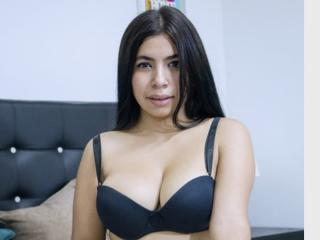 EdnaIntensePassion - Web cam x with a shaved genital area X babe
