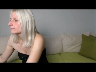 Picture of the sexy profile of SweetChantal69, for a very hot webcam live show !