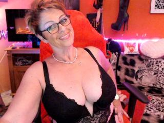 Sexy profilbilde av modellen  Bettina, for et veldig hett live webcam-show!