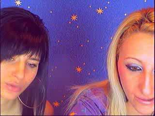 Hình ảnh đại diện sexy của người mẫu SexyLezbiGirls để phục vụ một show webcam trực tuyến vô cùng nóng bỏng!